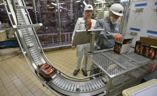 Dans une usine de barres chocolatées Mars à Haguenau en juin 2014.