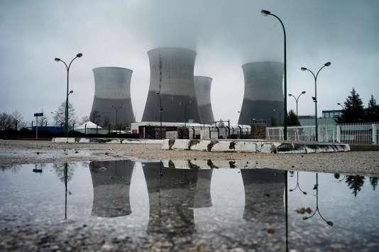 La ville et le canton de Genève ont annoncé, mercredi2mars, le dépôt d'une plainte contreX pour «mise en danger délibérée de la vie d'autrui et pollution des eaux», visant le site nucléaire du Bugey, l'Ain.