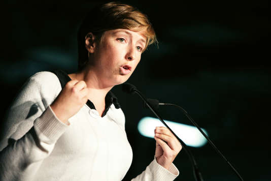 Caroline de Haas lors d'un meeting unitaire contre la réforme des retraites, le 9 septembre 2010, à Montreuil.