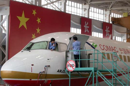 Le chinois Comac se positionne désormais en concurrent direct d'Airbus et Boeing