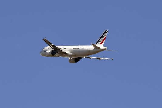 Un drone a failli percuter un Airbus A320 d'Air France près de l'aéroport de Roissy, le 19février.