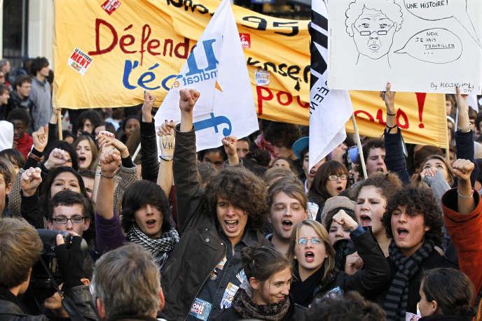Les organisations syndicales étudiantes et lycéennes appellent les jeunes à descendre dans la rue en mars
