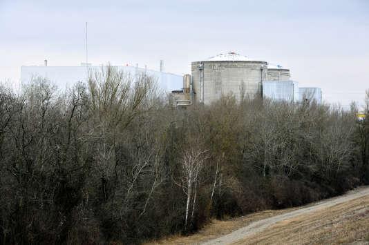 La centrale nucléaire de Fessenheim. Première centrale française, en service depuis 1977.