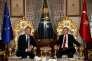 Donald Tusk,  le président  du Conseil européen  (à gauche),  et le président turc, Recep Tayyip Erdogan,  à Istanbul,  le 4mars.