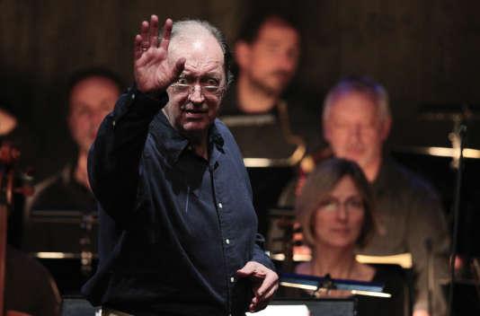 Nikolaus Harnoncourt pendant une répétition de «La Flûte enchantée», de Mozart, à Salzbourg, le 24 juillet 2012.