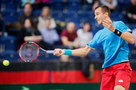 Lukas Rosol a apporté le point décisif à l'équipe tchèque en disposant du jeune Allemand Alexander Zverev en trois manches, 6-2, 6-3, 6-1.