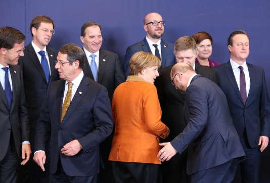 Au premier plan des dirigeants européens réunis lundi 7 mars à Bruxelles, la chancelière Angela Merkel.