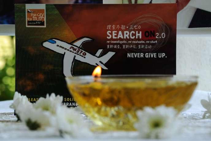 A Petaling Jaya, le 8 mars, deux ans après la disparition mystérieuse du vol MH370 de la Malaysia Airlines.