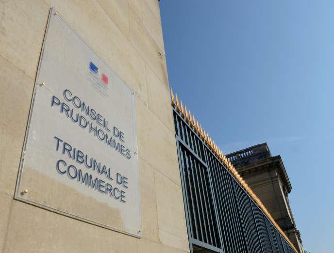 Le conseil de prud'hommes du tribunal de commerce d'Amiens.