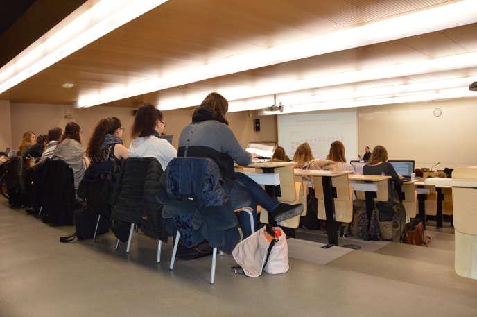 Université de Tours. Février 2016.