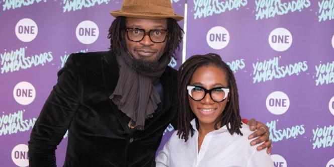 Les artistes musiciens et chanteurs Asa et Tété pour le lancement du programme Jeunes Ambassadeurs de ONE.