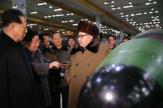 Le dirigeant nord-coréen Kim Jong-un le 9 mars dans un centre de recherche nucléaire.