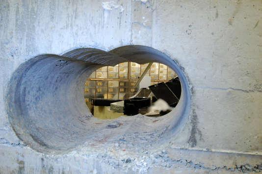 Les braqueurs avaient perforé le mur en béton armé de la salle des coffres de Hatton Garden, à Londres.