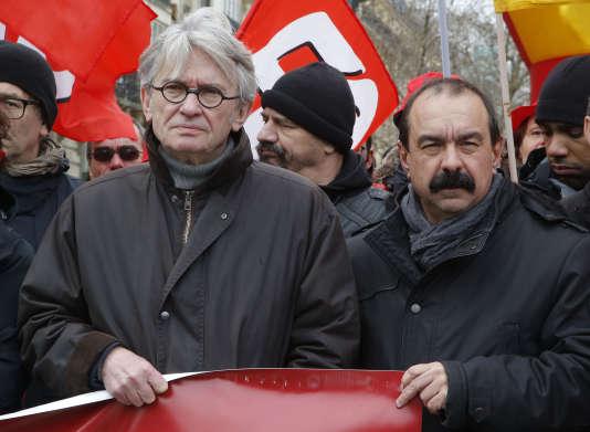 Jean-Claude Mailly (FO) et Philippe Martinez (CGT) manifestent contre la loi travail, le 9 mars 2016.