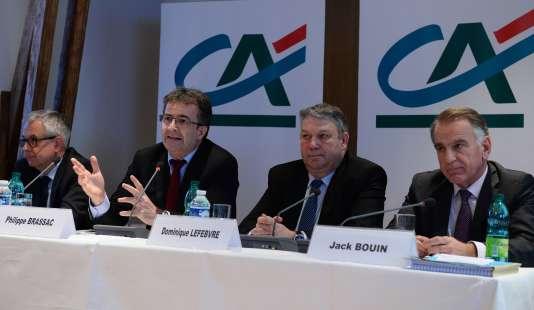 Les dirigeants du Crédit agricole, le 8 mars 2016 à Paris.