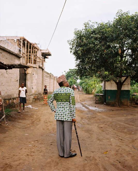 """Série """"Léopard"""" d'Emilie Régnier. Le sosie du maréchal Mobutu dans un quartier populaire de Kinshasa (RDC)."""