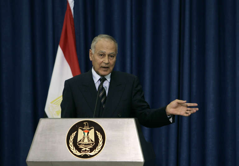 Ahmed Aboul Gheit, ancien ministre de Moubarak, a été élu à la tête de la Ligue arabe.