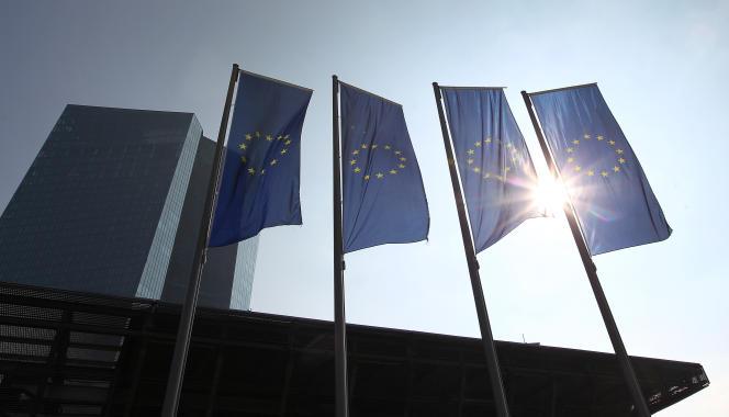 La Banque centrale européenne a annoncé jeudi une baisse de son principal taux à 0%.