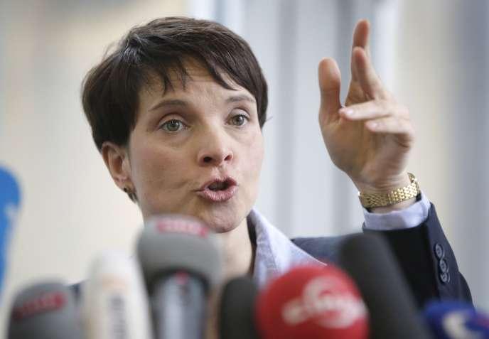La présidente du parti d'extrême droite allemand AfD, Frauke Petry.