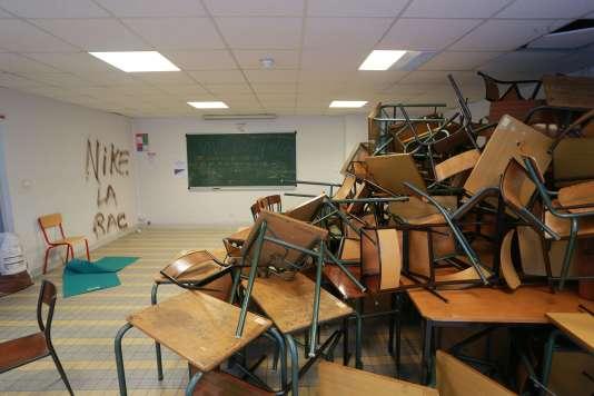 Un aperçu des dégâts à l'université de Bordeaux après le passage des vandales, jeudi10mars.