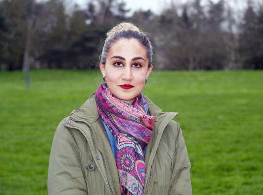 Nawar Meslemani, 32 ans, a fui Homs il y a deux ans avec son mari et ses deux enfants. Elle vit maintenant à Rennes, en Bretagne.