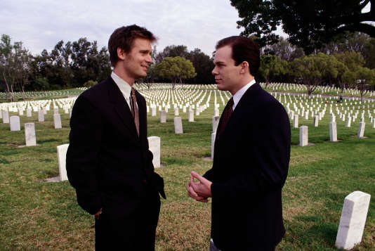 Nate Fisher (Peter Krause) et  David Fisher  (Michael C. Hall ).