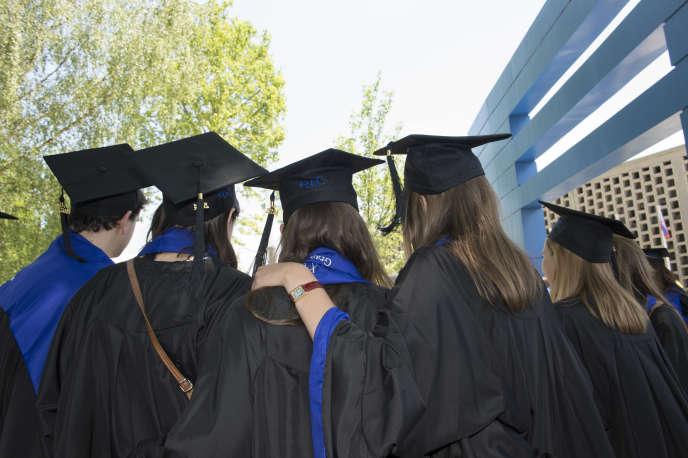 Huit Français sur dix déclarent avoir une «bonne opinion» des grandes écoles françaises.