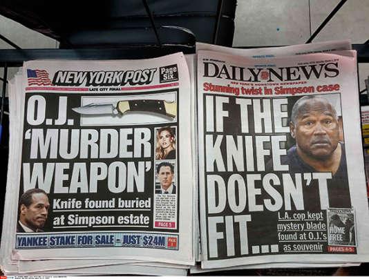 """Les unes du """"New York Post"""" et du """"Daily News"""" du 5 mars 2016 relatent la découverte d'une arme, qui aurait été découverte dans la maison de l'ex-footballeur en 1998."""
