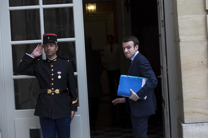 Emmanuel Macron arrive àMatignon, le2 février.