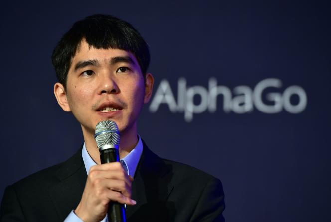 Lee Sedol, connu pour sa créativité, estime ne pas être inférieur à AlphaGo en matière de go pur.