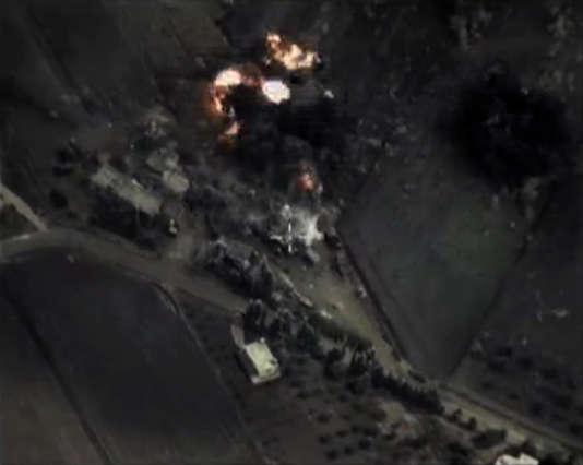 Capture vidéo de septembre 2015, publiée sur le site du ministère russe de la défense, d'une frappe aérienne en Syrie.