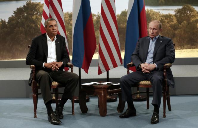 Le président américain Barack Obama aux côtés du président russe, Vladimir Poutine, lors du sommet du G8 à Enniskillen (Irlande du Nord), le 17 juin 2013.