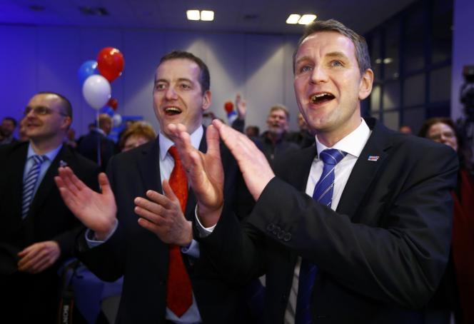 Björn Höcke, patron du parti d'extrême droite AfD en Thuringe, lors de l'annonce des résultats électoraux pour le  Land de Saxe-Anhalt, à Magdebourg, dimanche 13 mars.