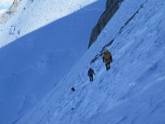 Tamara Lunger, Alex Txikon et Ali Sadpara pendant l'ascension du Nanga Parbat.