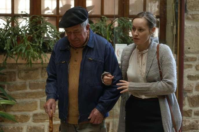 Pierre Bouysset et Adélaïde Leroux dans le film français de Frédéric Pelle,