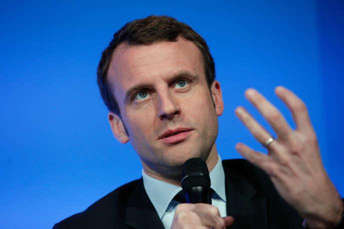Emmanuel Macron lors d'une conférence de presse à Matignon, le 14 mars 2016.