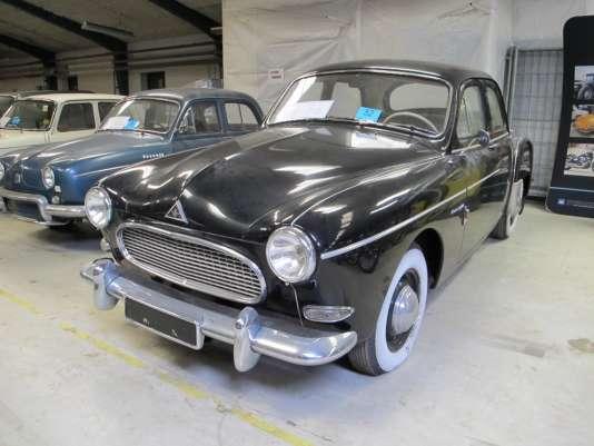 La Frégate Transfluide de 1958, la star des voitures mises aux enchères sur le site danois Campen Auktioner.
