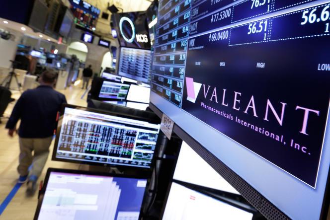A Wall Street. La capitalisation boursière de Valeant est passée de 90milliards de dollars en août2015 à près de 10 milliards.