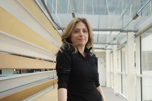 """Samar Yazbek, écrivaine et activiste syrienne réfugiée en France, dans les locaux du """"Monde"""", le 15 mars."""