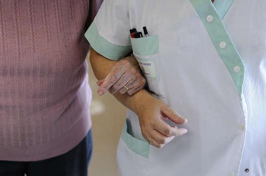 Le secteur de la santé compte 87 % d'infirmières, 90 % d'aides-soignants et 98 % de sages-femmes.