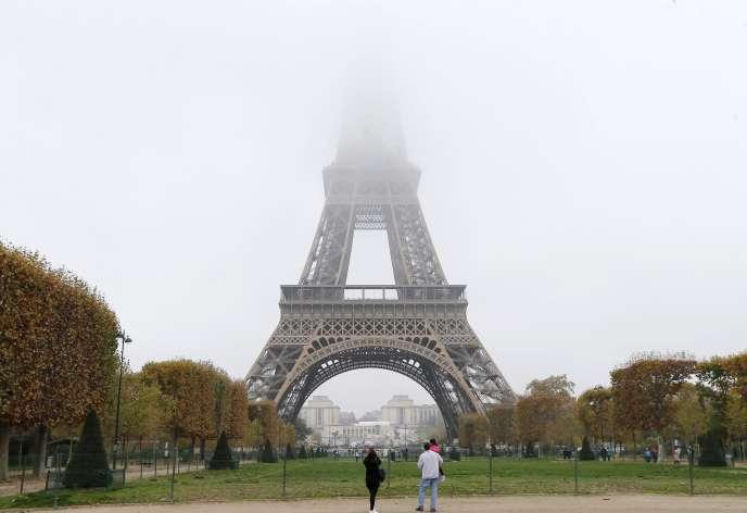Pic de pollution à Paris le 2 novembre 2015.