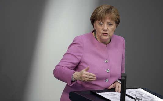 Angela Merkel a assuré devant les députés allemands que la question d'une entrée de la Turquie dans l'UE n'était toujours «pas à l'ordre du jour».