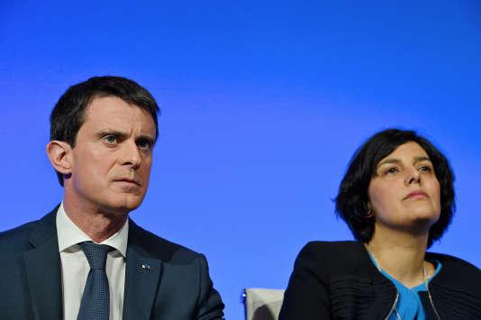 Manuel Valls et Myriam El Khomri le 14 mars 2016 à Paris.