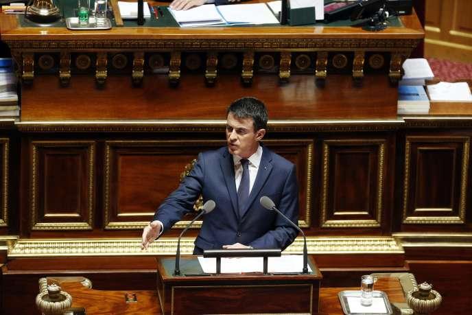 Manuel Valls, au Sénat, le 16 mars.