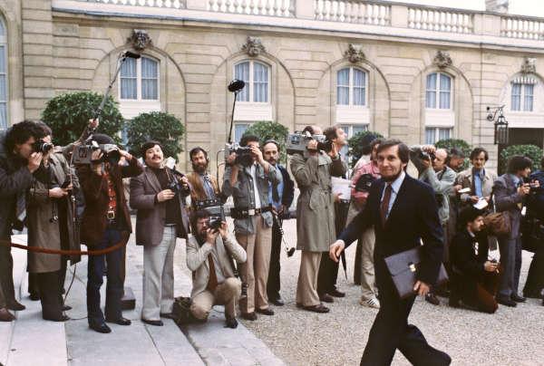 Jean Auroux (ministre du travail de 1981 à 1982, sous Mauroy), au Palais de l'Elysée, le 27 mai 1981.