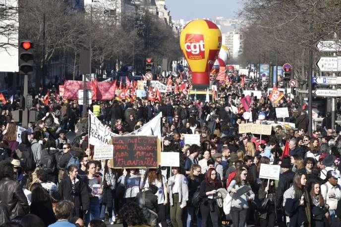 Lors de la manifestation parisienne du 17 mars.