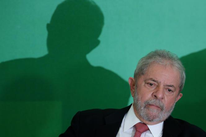 Luiz Inacio Lula da Silva, alias Lula, président de la République fédérative du Brésil du 1er janvier 2003 au 31 décembre 2010.
