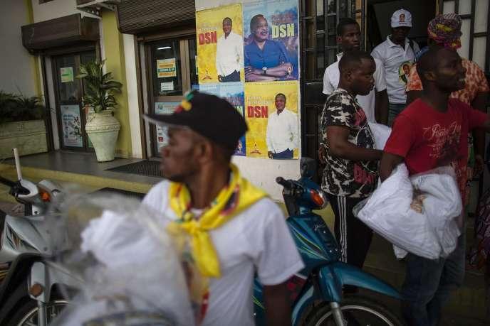 Des militants du Parti congolais du travail de Denis Sassou-Nguesso, le 16 mars à Brazzaville.