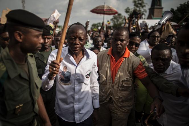 Le candidat indépendant à la présidentielle, le général Jean-Marie Michel Mokoko, à Brazzaville le 18 mars 2016.
