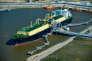 Le méthanier «Asia-Vision» dans le terminal de Sabine Pass, en Louisiane, le 24 février.